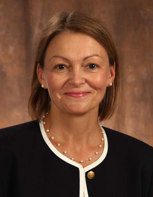 Dr.  Danielle  Blouin