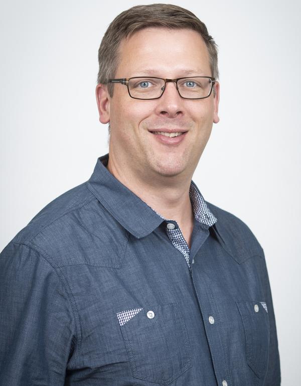 Dr.  Eric  Bruder