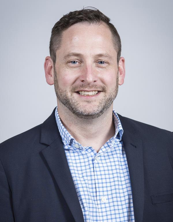 Dr.  David  Messenger