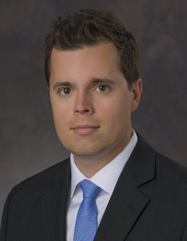 Dr.  Adam  Szulewski