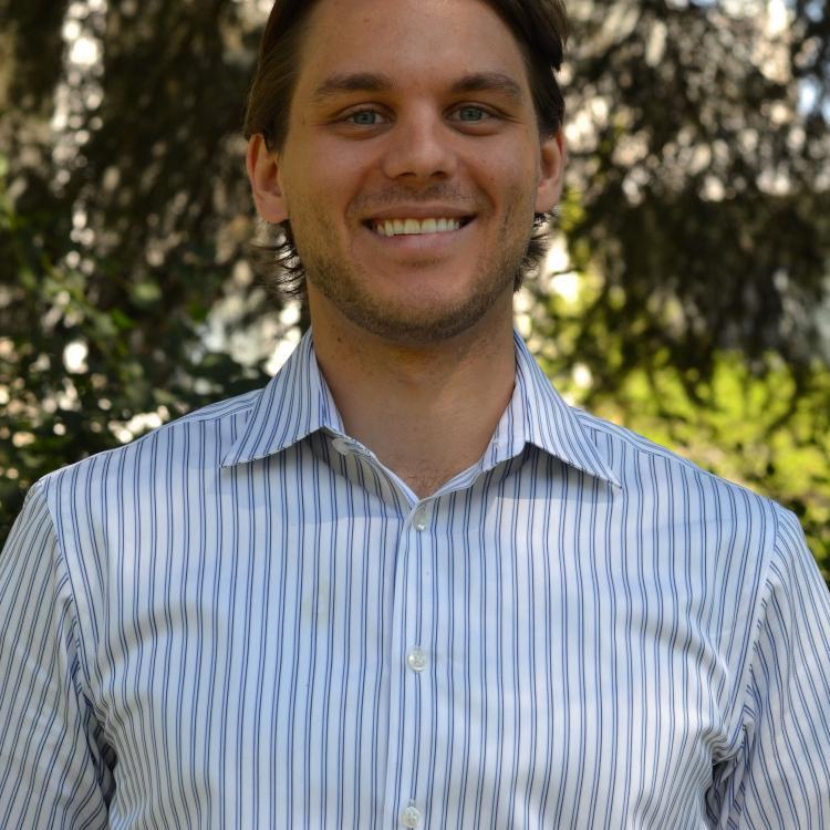 Dr.  Andrew Helt